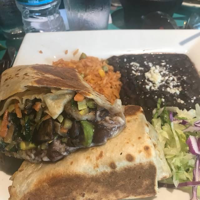 La Casa De Isaac & Moishe Restaurante - Highland Park, IL | OpenTable