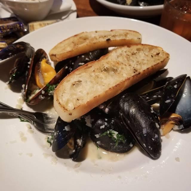 Reel Fish Coastal Kitchen Bar Winter Park Fl