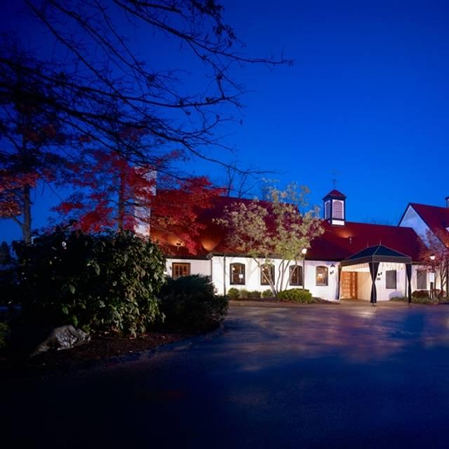 Fantastic 35 Restaurants Near Hilton Garden Inn Cincinnati Blue Ash Download Free Architecture Designs Rallybritishbridgeorg
