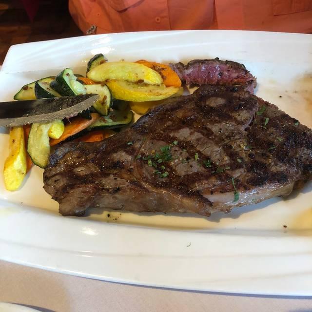 Sayola Restaurant Tapas Bar, Tenafly, NJ