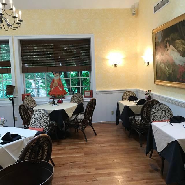 Krazy Kat's at The Inn at Montchanin Village, Montchanin, DE