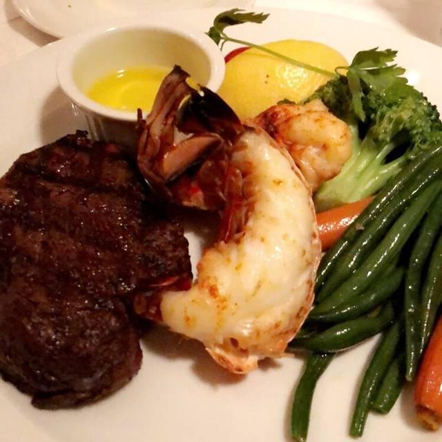 Bardi's Steakhouse, Toronto, ON