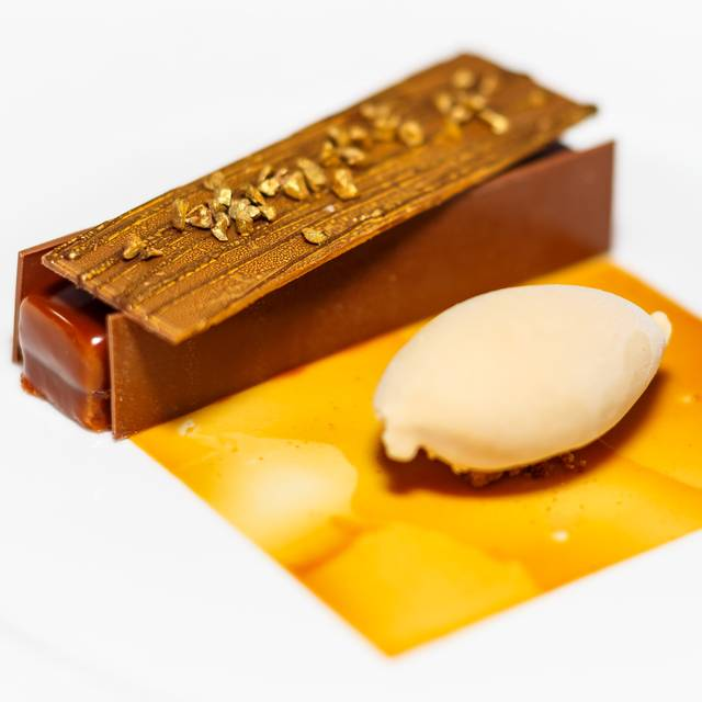 Crunchy Caramel Bar With Hazelnut Ice Cream - Four Seasons - Hotel Firenze -Il Palagio - Italy