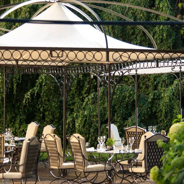 Il Palagio Restaurant Outdoor Terrace - Four Seasons - Hotel Firenze -Il Palagio - Italy