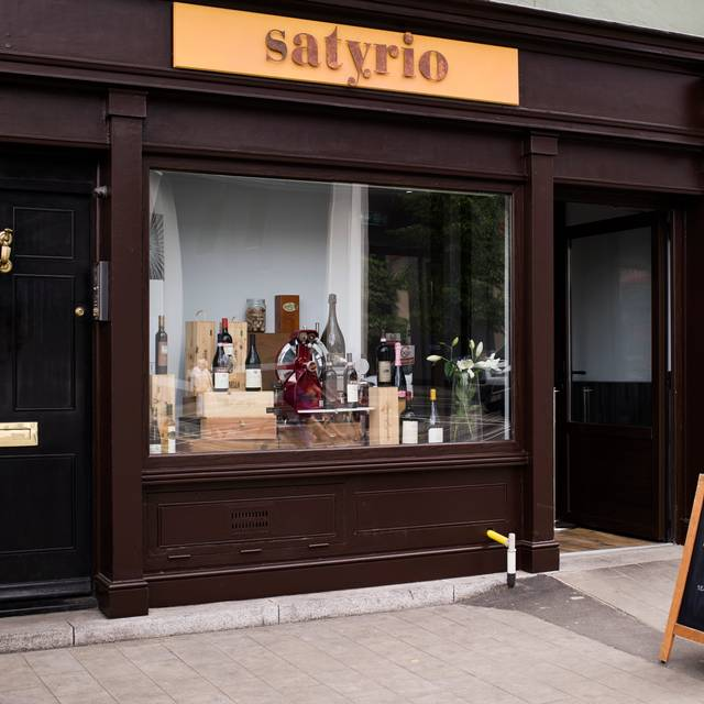 Satyrio, London