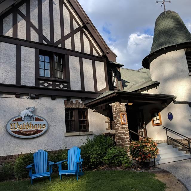 Waldhaus Restaurant - Fairmont Banff Springs Hotel, Banff, AB
