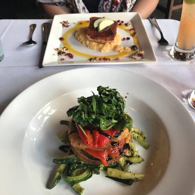 M Restaurant and Bar, Nashville, TN