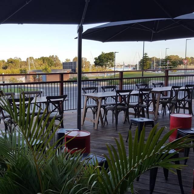 The Dock at East Shores - The Dock at East Shores, Gladstone Central, AU-QLD