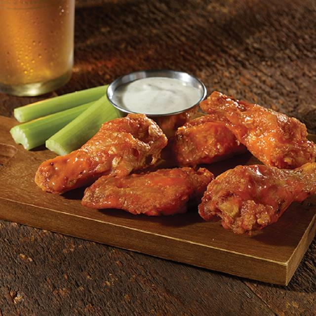 Bone-in Buffalo Wings - Old Chicago Pizza & Taproom - Boise - Downtown, Boise, ID