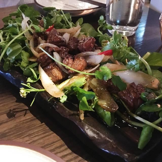Chi Modern Vietnamese Kitchen, Vancouver, BC