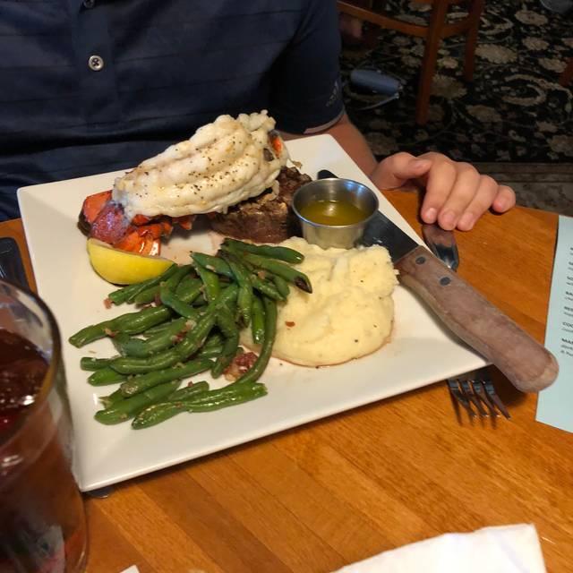 Hot Fish Club, Murrells Inlet, SC