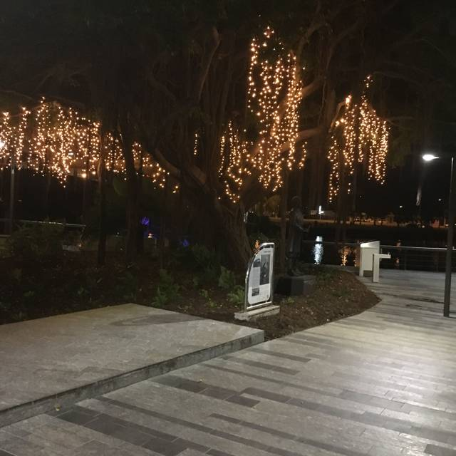 A Touch of Salt, Townsville, AU-QLD