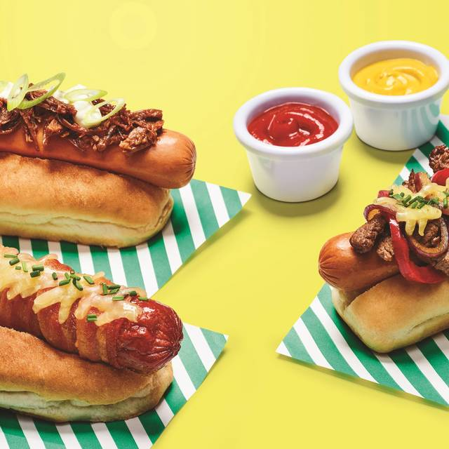 F B - Day Three Hot Dogs  F Yellow - Frankie & Benny's - Stonedale, Kirby, Lancashire