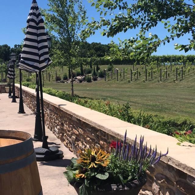 Folino Estate Vineyard & Winery, Kutztown, PA