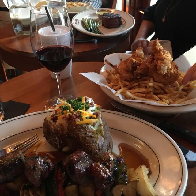 J Alexander S Redlands Grill Louisville Restaurant