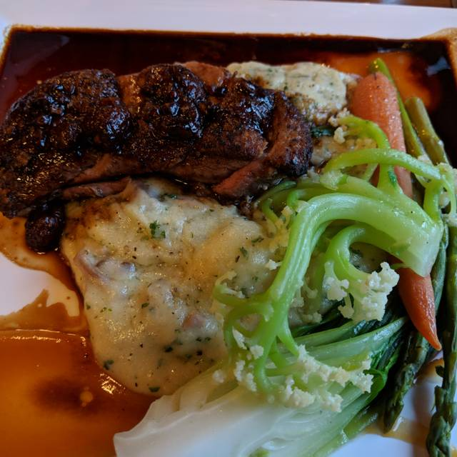 Fairview Dining Room: Mt. Fairview Dining Room Restaurant