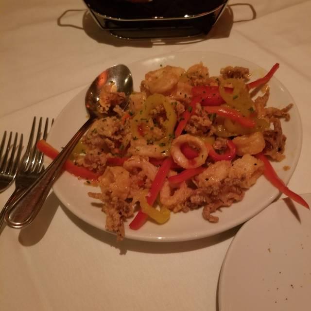 Fleming's Steakhouse - Austin The Domain, Austin, TX
