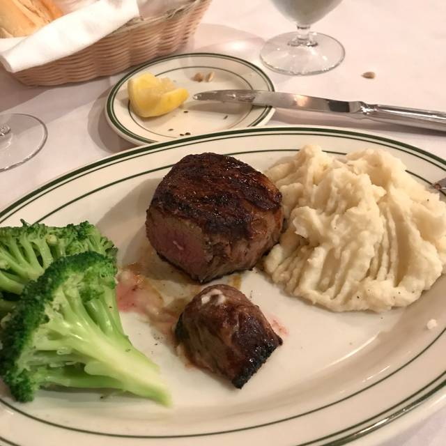 Frankie and Johnnie's Steakhouse - 46th Street, New York, NY