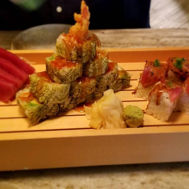 Tuna Bar, Philadelphia, PA