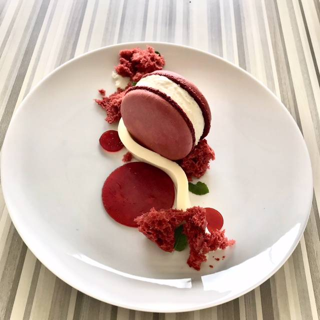 Red velvet macaron  - Kauffman Center Dining Experience, Kansas City, MO
