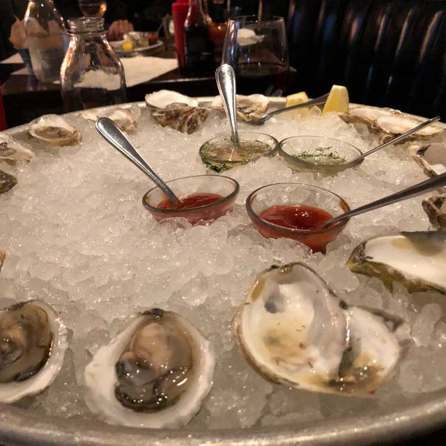 The Hourly Oyster House, Cambridge, MA