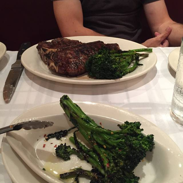 Gibsons Bar & Steakhouse - Oak Brook, Oak Brook, IL