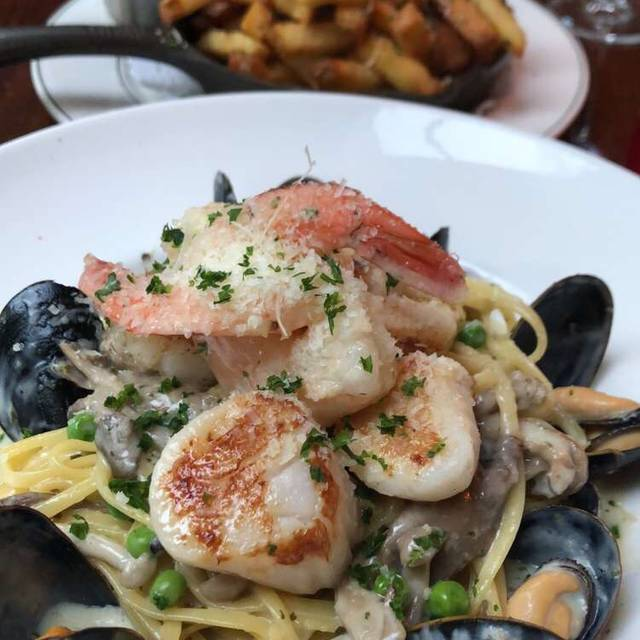 Joe Fortes Seafood & Chop House, Vancouver, BC