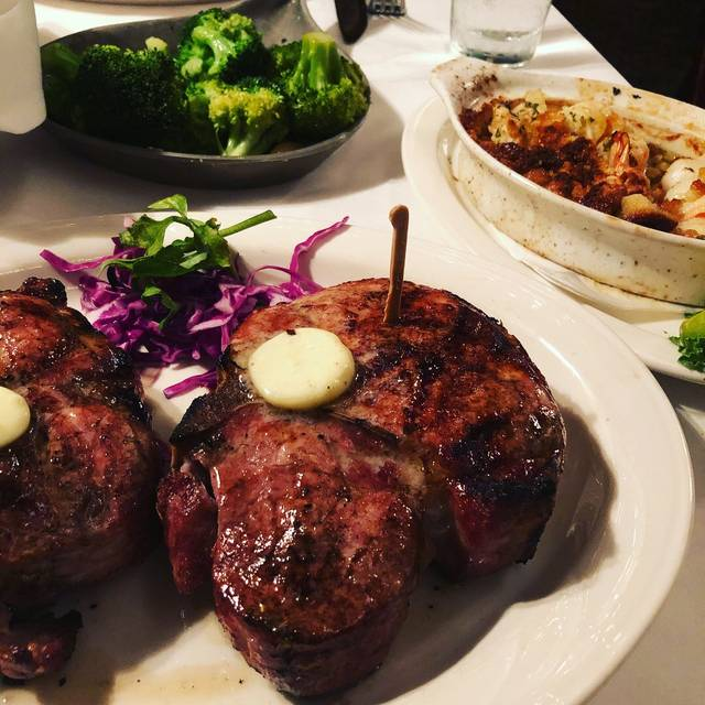 Charley's Steak House - Tampa, Tampa, FL