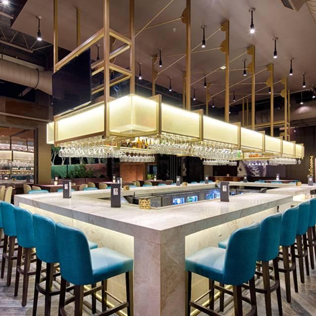 Perry's Steakhouse & Grille - Birmingham, Birmingham, AL