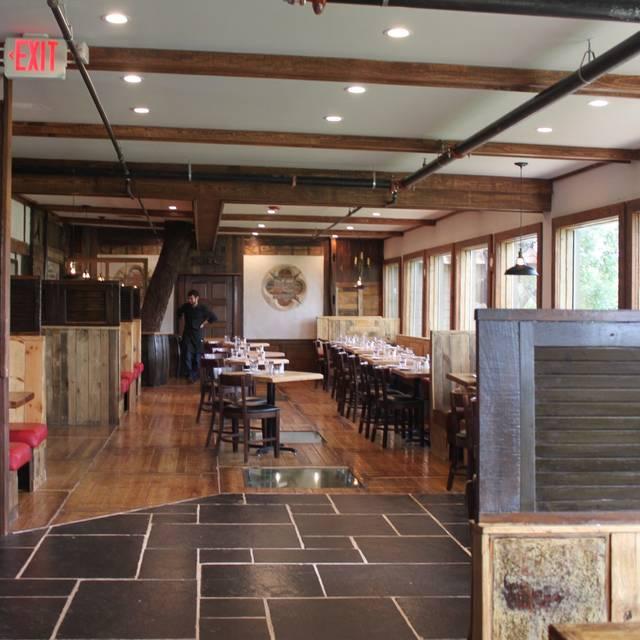 Mill Street Tavern, Mount Pleasant, SC