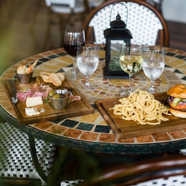 Lunch Table - Farm Neck Cafe, Oak Bluffs, MA