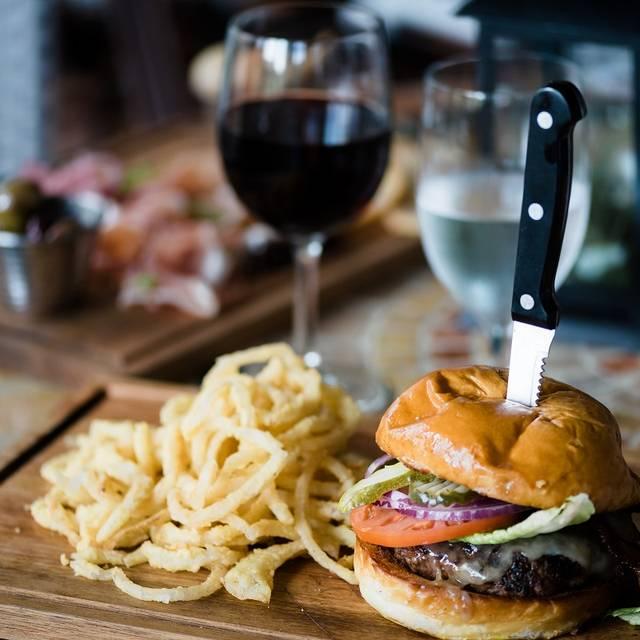 Burger Lunch - Farm Neck Cafe, Oak Bluffs, MA