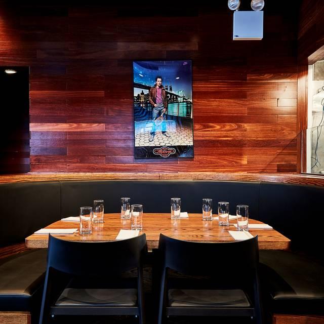 Ssam Bar Banquette - Please Credit Eric Medsker - Momofuku Ssäm Bar, New York, NY