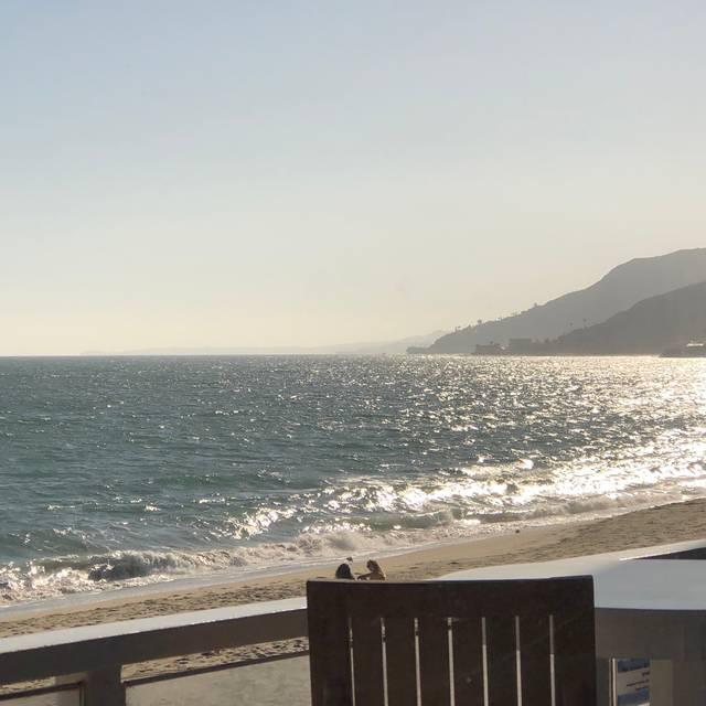 Gladstones, Pacific Palisades, CA
