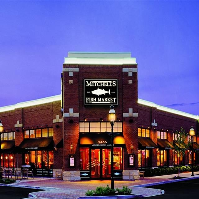 Mitchell's Fish Market - Cleveland, Woodmere, OH