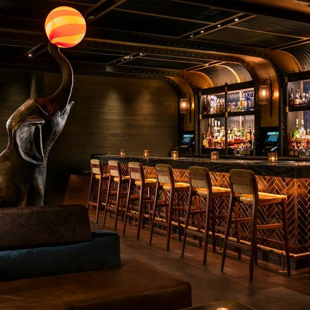 Elephant Lounge- - Magic Hour Rooftop Bar & Lounge, New York, NY