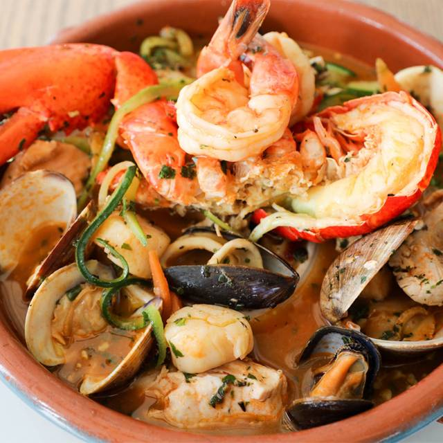 Seafoodciopini - GG's Waterfront Bar & Grill, Hollywood, FL