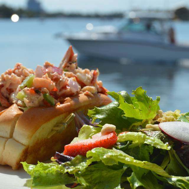 Lobster-roll-boat - GG's Waterfront Bar & Grill, Hollywood, FL