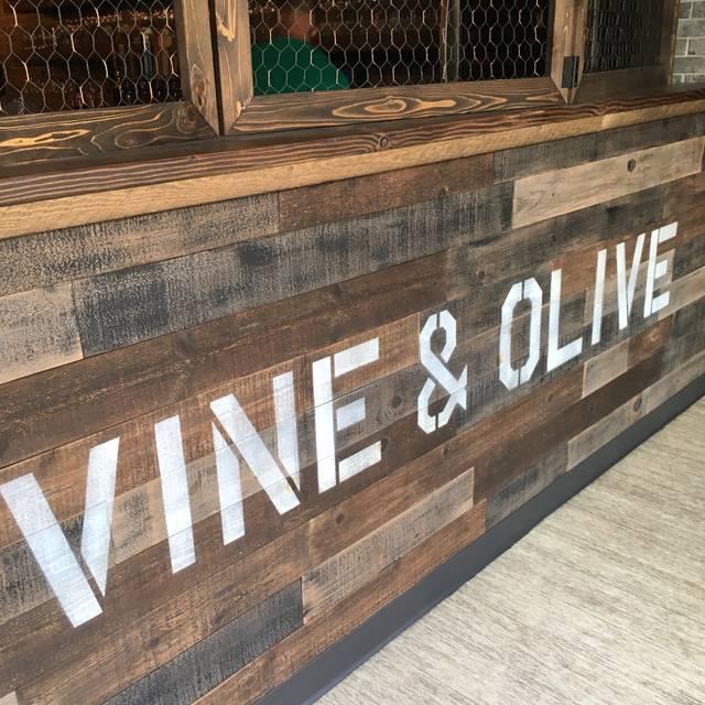 Vine & Olive Eatery & Wine Bar, Coeur D'Alene, ID