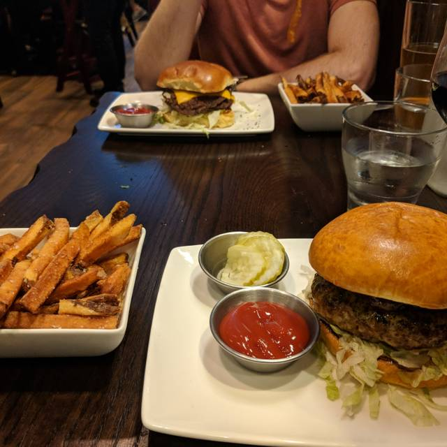 Burger Study, Indianapolis, IN