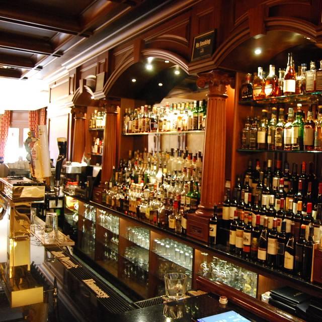Amber Steak House, Brooklyn, NY