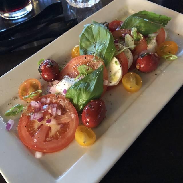 Sauce Italian Kitchen & Market, Calgary, AB