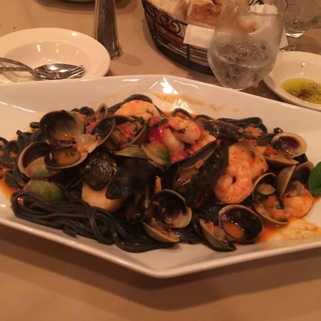 King Umberto Restaurant, Elmont, NY