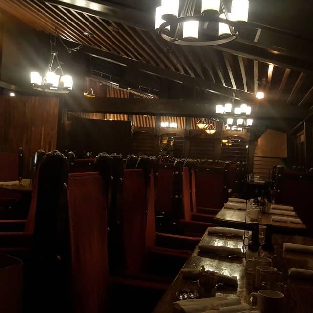 Smuggler's Inn, Calgary, AB