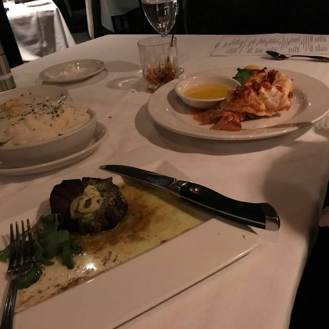 Arnie Morton's The Steakhouse - Burbank, Burbank, CA