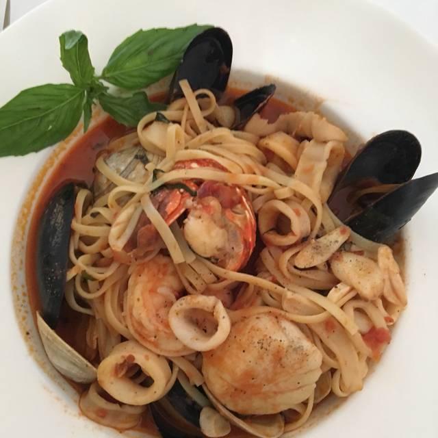 Romola's Seafood & Grille, Cranford, NJ