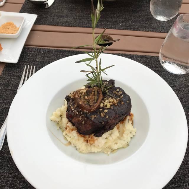 Leone Restaurant Norfolk Va