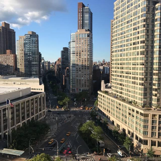 Empire Rooftop @ Empire Hotel Restaurant - New York, NY | OpenTable