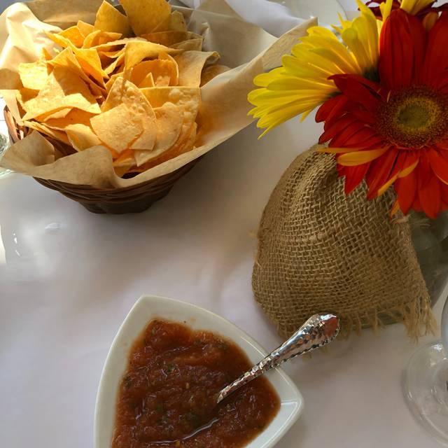 Besito Mexican - Chestnut Hill, Chestnut Hill, MA