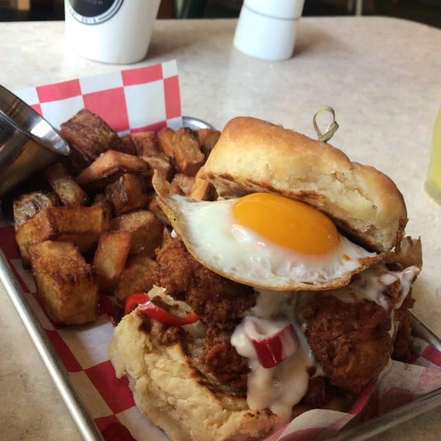 Chicken and Farm Shop, Chicago, IL